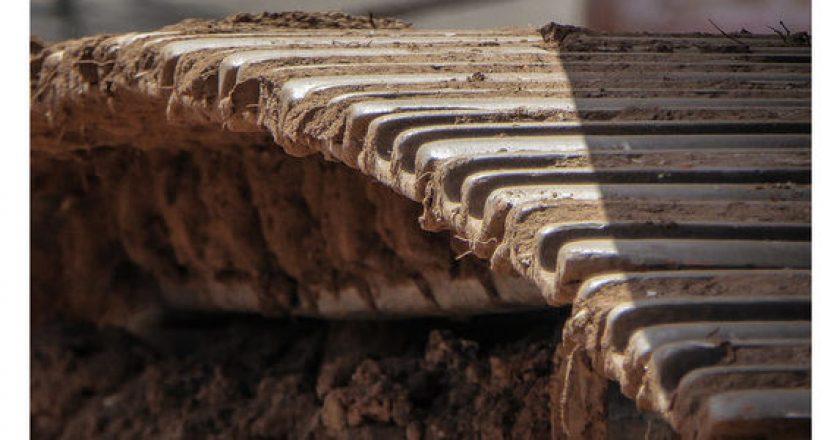 Determining ground bearing pressure