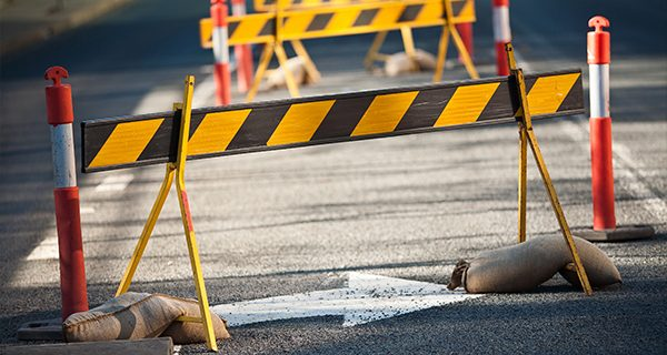 The first construction contract for the $1 billion Pacific Motorway upgrade has been awarded to Seymour Whyte Constructions.