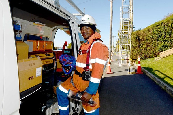 Downer has been awarded a $220 million contract to provide field services over two years and nine months, starting 1 July 2019.