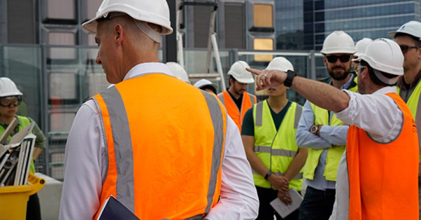 UTS is offering a new construction management course to help builders upskill in an industry under increased scrutiny following high-profile building defects.
