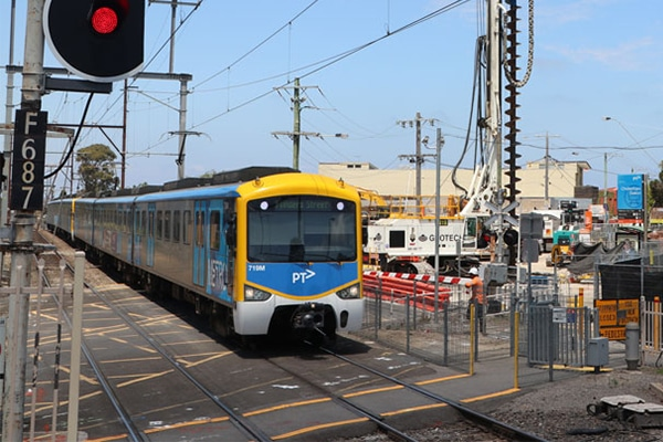 Work is underway to remove three level crossings and to build two new stations on the Frankston rail line in Melbourne.