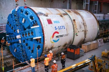 The first section of Melbourne's Metro Tunnel is now complete after the first tunnel boring machine (TBM) broke through to the tunnel's western entrance in Kensington.