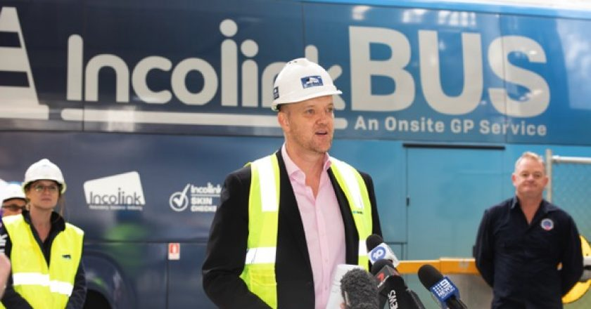 Victorian construction workers will get dedicated mobile testing facilities under a new initiative to tackle COVID-19, supported by the State Government.