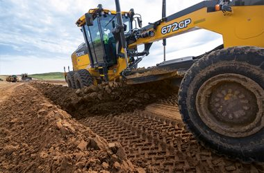 Road building and site development contractors can now reap the benefits of John Deere SmartGrade in the successful G-Series motor grader line.
