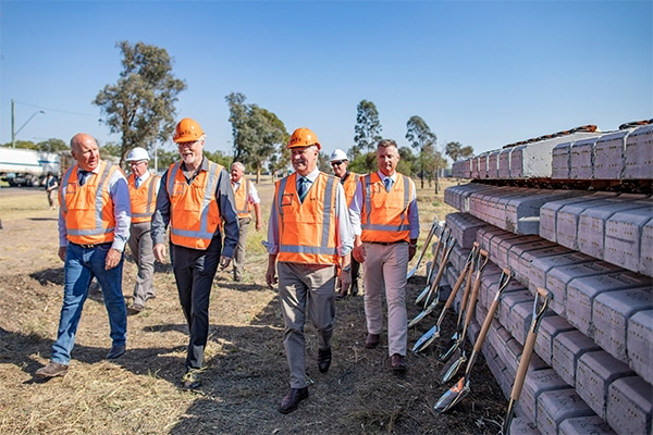 Construction has begun on the second section of the 1700 kilometre Inland Rail project, following the Trans4m joint venture ground breaking ceremony.