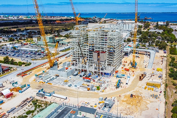 A 25-year contract has been signed to build, own and operate an Incinerator Bottom Ash (IBA) processing facility at Latitude 32, in Kwinana, Perth.