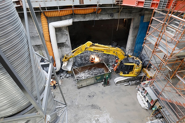 Works on the Melbourne Metro Tunnel's eastern entrance have been completed five months ahead of schedule.