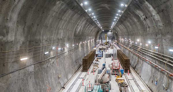 Twin tunnel boring machines (TBM) are 12 metres beneath the bed of the Yarra River excavating the final few hundred metres of tunnel between South Yarra and Melbourne's CBD.