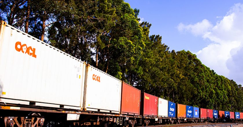 The Australian Rail Track Corporation (ARTC) has awarded two major contracts to design and construct the $400 million Port Botany Rail Line Duplication and Cabramatta Loop project.